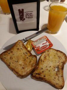 Desayuno Albergue Casa Beli